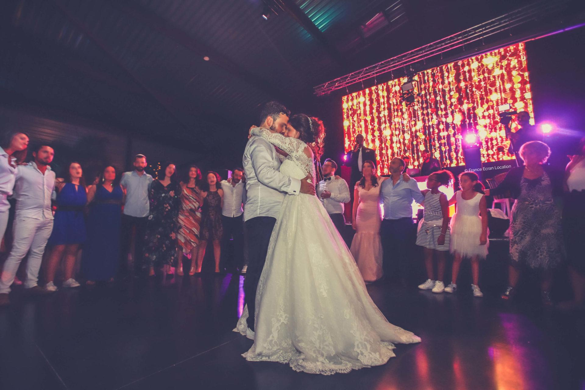 Ecran Led pour mariage particulier