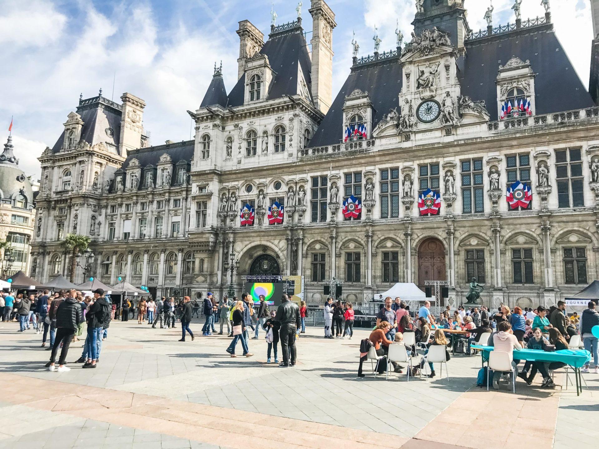 Ecran géant hôtel de ville de paris